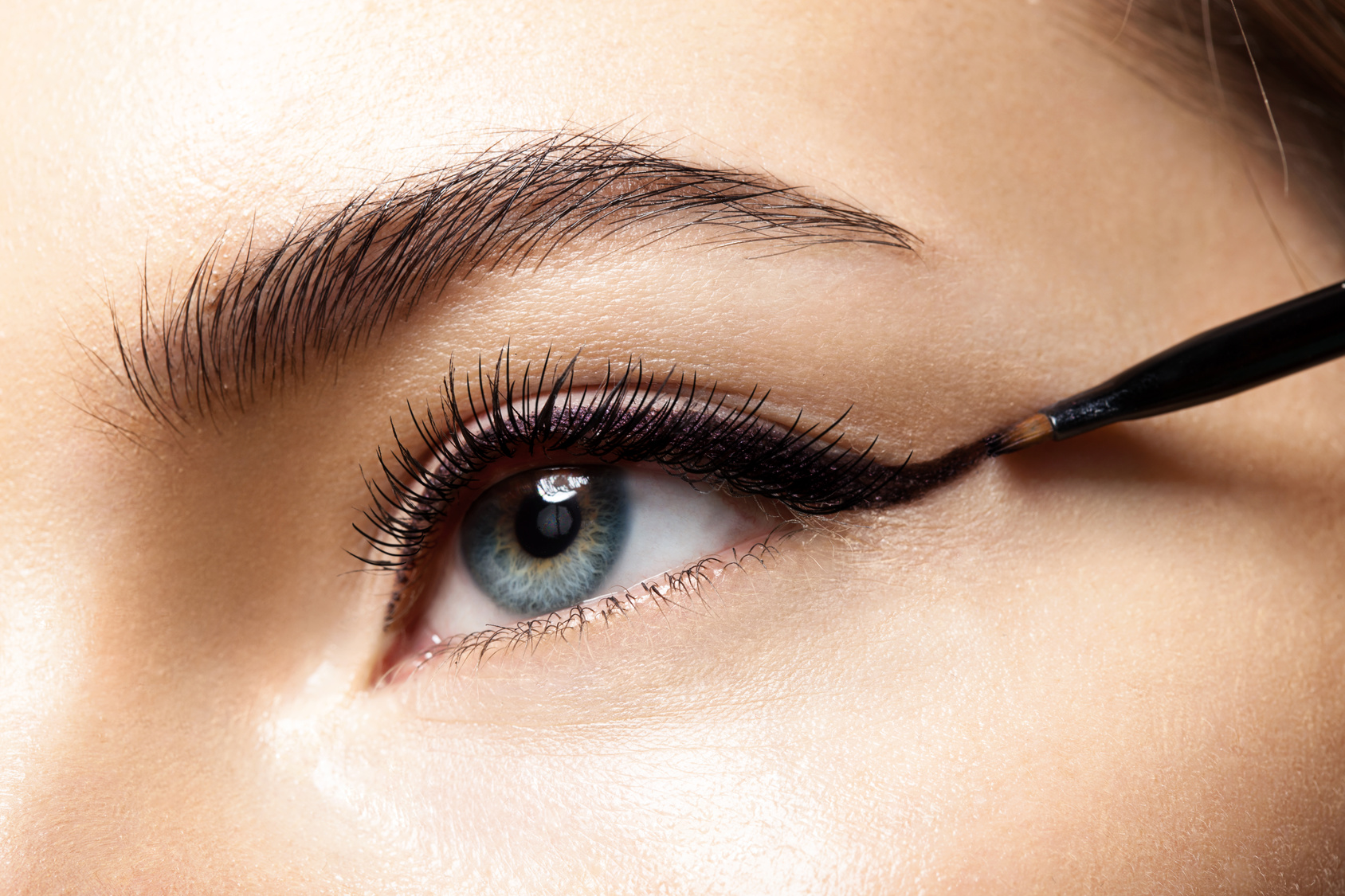 Make-up with black eyeliner close-up